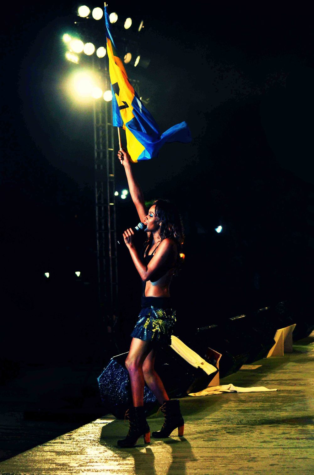 Singer Shontelle performs her concert at cohobblopot in Barbados.